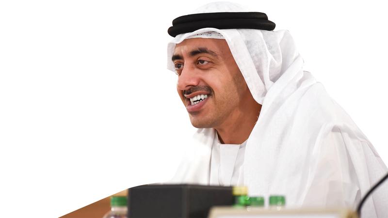 عبدالله بن زايد:  الإمارات وكوريا الجنوبية تدعمان تحقيق الاستقرار والرفاهية في الدول المحيطة.