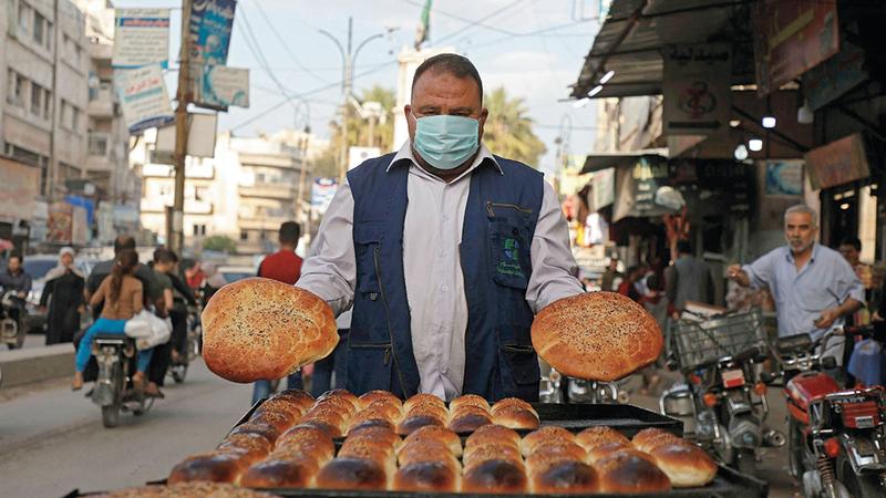 لم يعد لدى السوريين ما يكفي من المال لشراء الطعام. أرشيفية