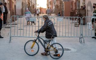 الصورة: إعادة فرض تدابير العزل في «طنجة» جراء بؤر جديدة لـ «كورونا»