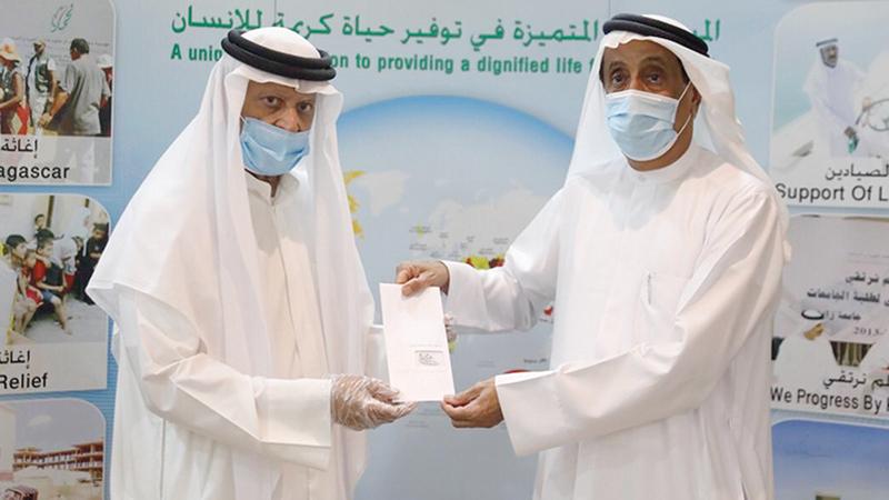وتكريم لمؤسسة محمد بن راشد للأعمال الخيرية والإنسانية.  من المصدر