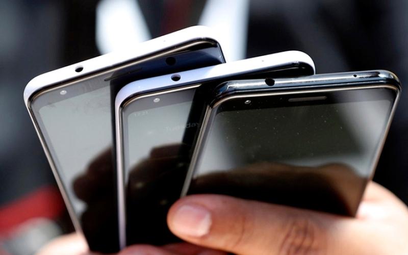 الصورة: «غوغل» تتجه إلى الهواتف المنخفضة الكلفة خلال 2020