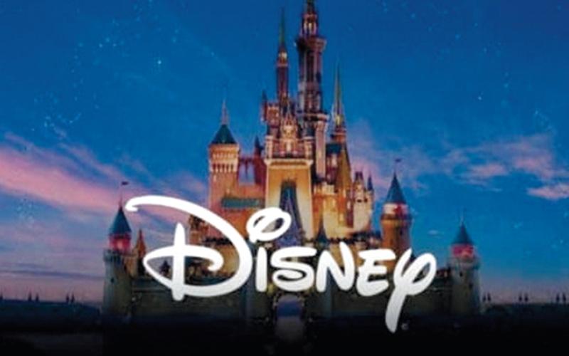 الصورة: الاستفادة من الميزات الإضافية في «Disney+»