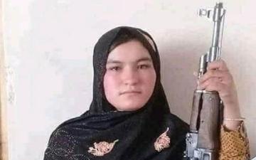 """الصورة: """"قمر غول"""".. فتاة أفغانية أصبحت """"بطلة"""" على مواقع التواصل"""