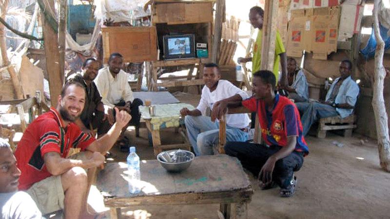 كانيفر في أرض الصومال بين مواطنيها. أرشيفية