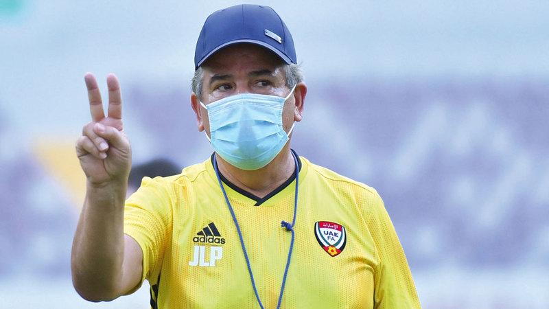 المدرب الكولومبي بينتو. ■من المصدر