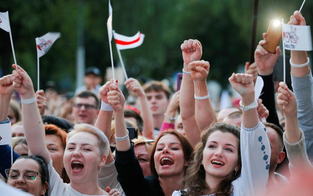 مرشحات روسيا البيضاء الثلاث في الانتخابات المقبلة. من المصدر