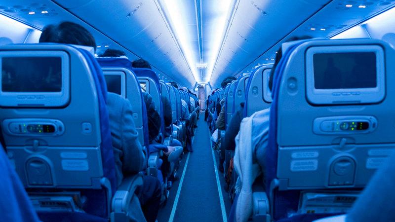 قطاع النقل الجوي في الشرق الأوسط يعمل بطاقة تراوح بين 23 و30% مقارنة بمستويات ما قبل «كورونا».  أرشيفية