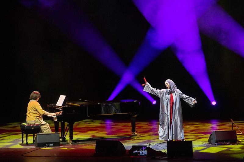 فاطمة الهاشمي خلال مشاركتها في المسابقة تصوير : أحمد عرديتي