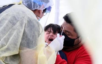 الصورة: منظمة الصحة العالمية تحذر.. فيروس كورونا سيكون «طويل الأمد»