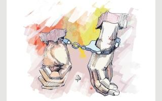 السجن 10 سنوات والإبعاد لشرطيين مزيّفين thumbnail