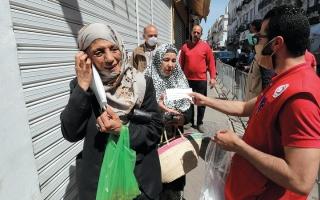 الصورة: تونس تسجل أول حالة وفاة بـ «كورونا» منذ أسابيع