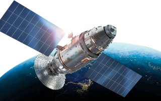 الإمارات تؤسس مركزاً متكاملاً لتجميع الأقمار الاصطناعية thumbnail