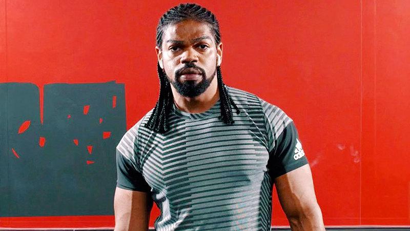 البطل الإماراتي في القوة البدنية وليد يري.  من المصدر
