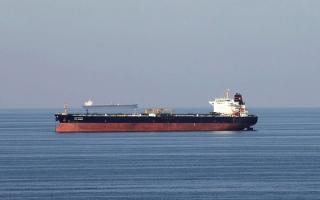 الصورة: ضبابية الطلب على الوقود والتحفيز الأميركي يدفعان النفط إلى التراجع