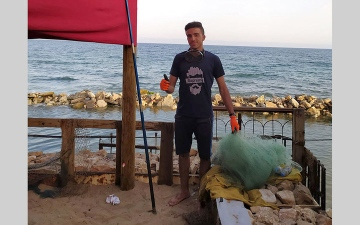 الصورة: هواة الصيد في غزة.. رحلة رزق بعيداً عن قيود الاحتلال