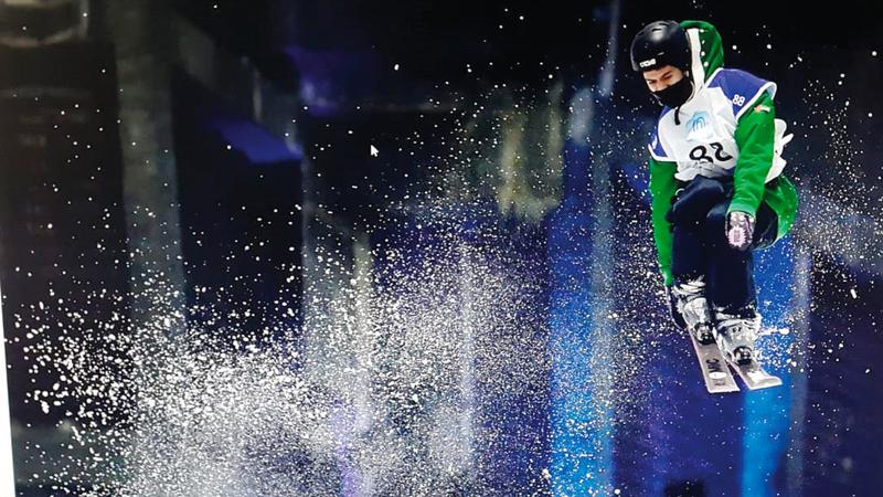 «أسبوع دبي للرياضات الثلجية» أقيم في سكي دبي بمول الإمارات. تصوير: باتريك كاستيلو