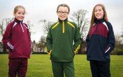 الصورة: مدارس في إيرلندا تدعو طلابها إلى غسل ملابسهم يومياً