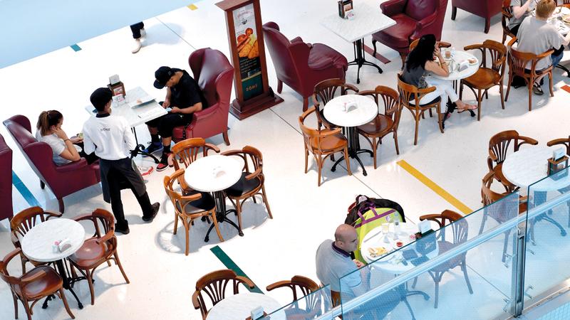 يوجد في دبي نحو 14 ألف مطعم. تصوير: باتريك كاستيلو