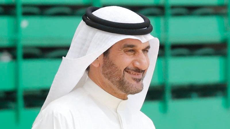 محمد شريف:  «وجود (محترف ومقيم ومواليد) على أرضية ملعب في فريق مكون من ستة لاعبين وحارس، سيجعل معظم العناصر الوطنية خارج الخدمة».