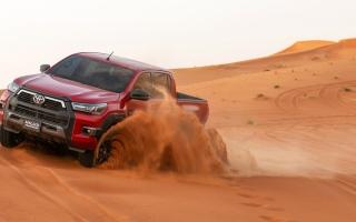 الصورة: «تويوتا هايلكس أدفنشر» تصل إلى أسواق الإمارات بسعر يبدأ من 143 ألف درهم