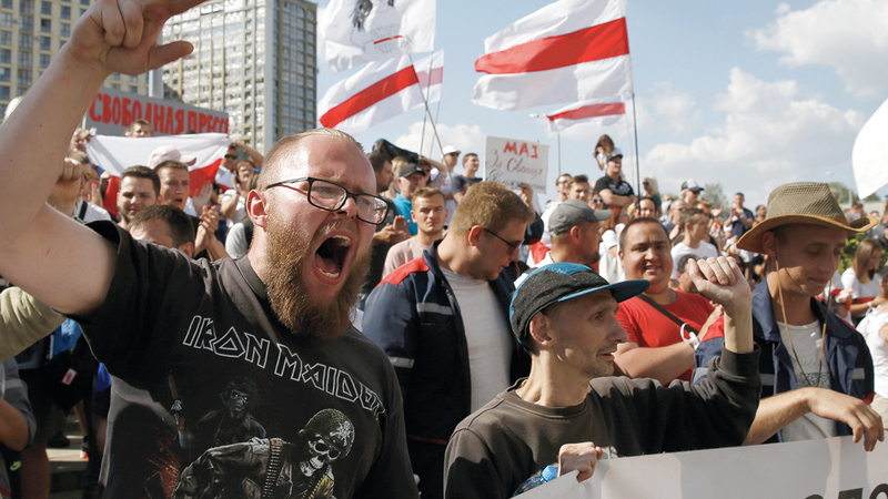 تكتسح شوارع بيلاروسيا حالياً احتجاجات واسعة. ي.ب.أ