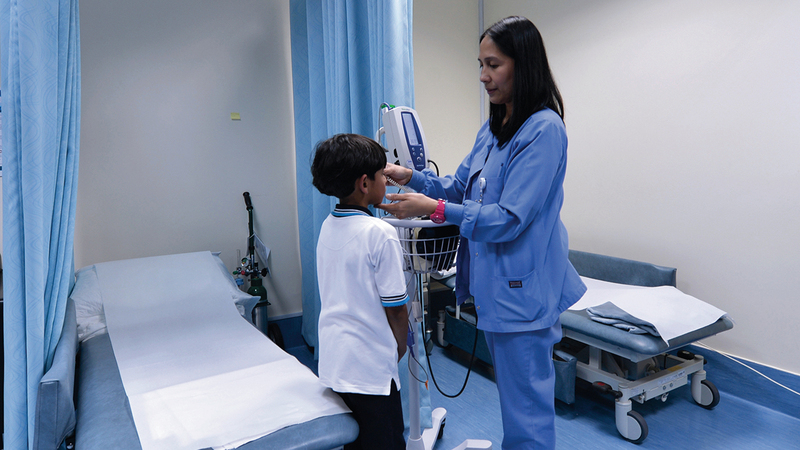 الهيئتان شددتا على ضرورة تدريب الكادر الطبي في العيادة المدرسية. الإمارات اليوم