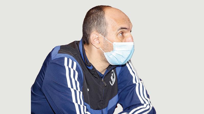 النصر حافظ على الاستقرار الفني باستمرار المدرب كرونسلاف.