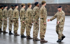 الصورة: ارتفاع عدد الجنود البريطانيين المسرَّحين بسبب المخدرات