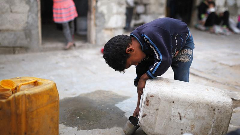 أزمة شح مياه شديدة نتجت عن تفاقم انقطاع الكهرباء. الإمارات اليوم