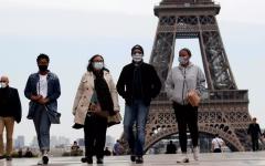 الصورة: فرنسا تدرس خيارات تطبيق إجراءات أشد لمكافحة «كوفيد-19»
