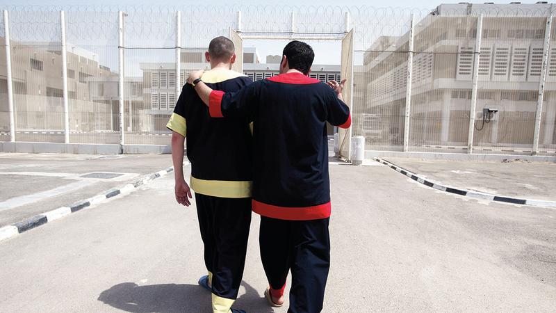 سداد مديونية سجناء يعزّز التكافل ويمنح الفرص للمتعثرين ليسهموا في بناء وطنهم. من المصدر
