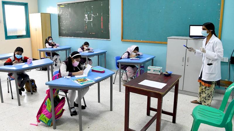 جولات تفتيشية على المدارس للتأكد من تطبيق الاشتراطات الاحترازية. تصوير: إريك أرازاس