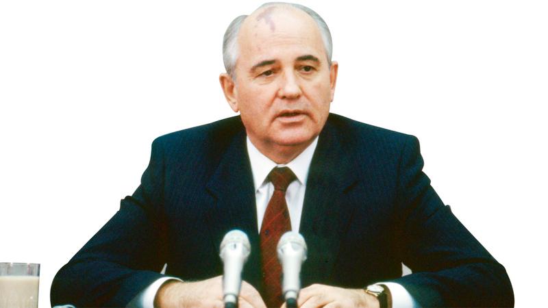 الخطوات التي قام بها الرئيس ميخائيل غورباتشوف أسهمت في تسريع انهيار الكتلة السوفييتية. غيتي