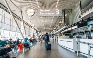 """الصورة: """"كورونا"""" يقلص الطاقة التشغيلية لشركات الطيران بمعدل 1.2 مليار مقعد"""