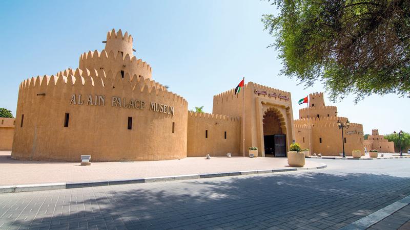 تمّ بناء أجزاء القصر وإعادة ترميمها باستخدام مواد بناء محلية مراعية للبيئة. أرشيفية