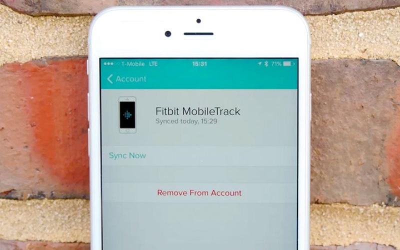 الصورة: تجهيز الهاتف لتتبع بيانات FITBIT