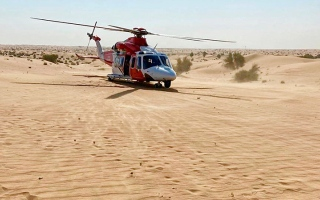 الصورة: إنقاذ بريطاني في صحراء «مرغم» بدبي