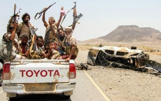 الصورة: الجيش اليمني يسيطر على مناطق استراتيجية في مأرب