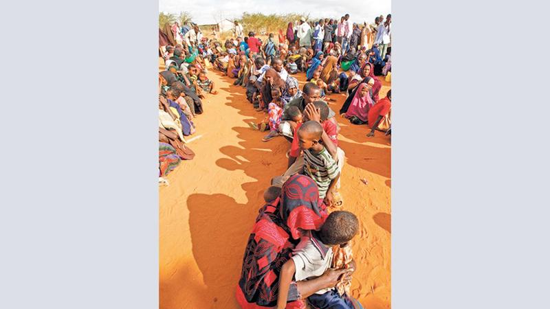 في الصومال، وفق ما ذكره المجلس النرويجي للجوء، فإن جميع الصوماليين تقريباً نزحوا من بيوتهم بسبب العنف على الأقل مرة واحدة في حياتهم.