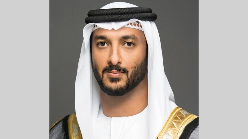 عبدالله بن طوق: «الإمارات تمكنت من ترسيخ مكانتها وجهة استثمارية جاذبة للمشروعات ذات القيمة المضافة».