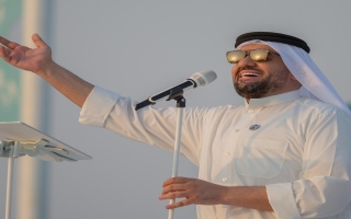 الصورة: الجسمي يحتفل باليوم الوطني السعودي على شاطئ الرأس الأبيض: نغني فخراً بالمملكة الحبيبة