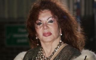 الصورة: وفاة والدة سيلفستر ستالون