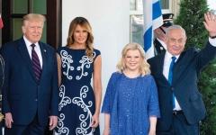 الصورة: نتنياهو يجلب حقائب ملابسه المتسخة من إسرائيل لغسلها في البيت الأبيض مجاناً