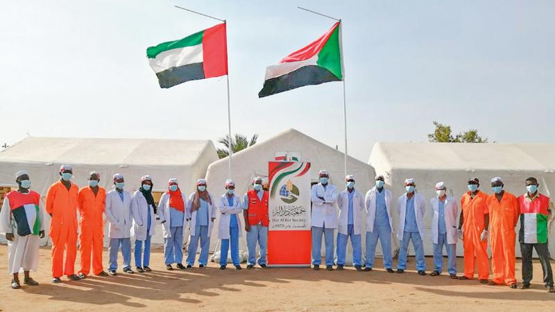 المستشفى الميداني يعمل على علاج المرضى في القرى السودانية. من المصدر