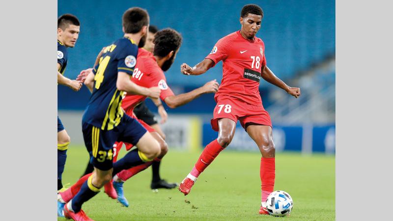 عيد خميس من أبرز اللاعبين الشباب في «فرسان دبي». من المصدر