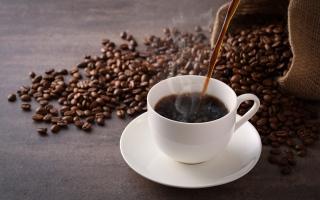 الصورة: علاقة شرب القهوة بضربات القلب