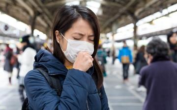 """الصورة: مجلة أميركية: آلاف البشر نجوا من """"الإنفلونزا"""" بسبب """"كورونا"""""""