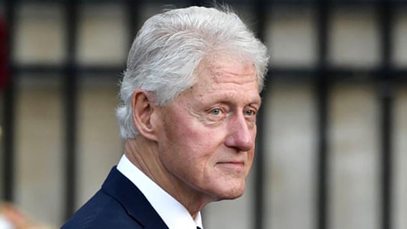 كلينتون اعترف بأنه استخدم المخدرات في شبابه