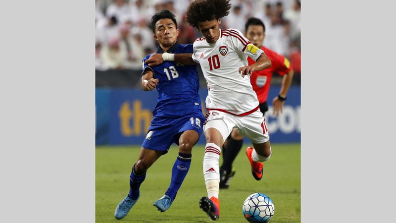 «عموري» لم يتم استدعاؤه لقائمة المنتخب الوطني التي ضمت 29 لاعباً. ■ الإمارات اليوم