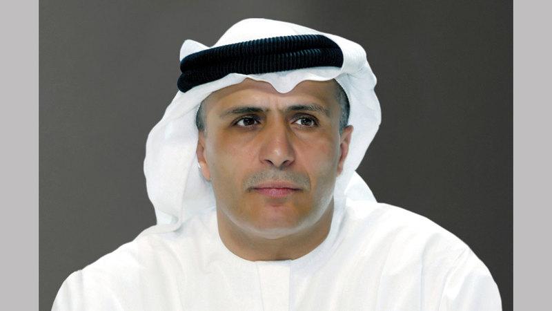 مطر محمد الطاير: «المشروع يأتي في إطار الخطة الخمسية لرصف الطرق الداخلية بمناطق مختلفة».